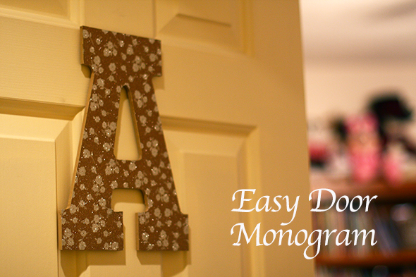 Easy door monogram