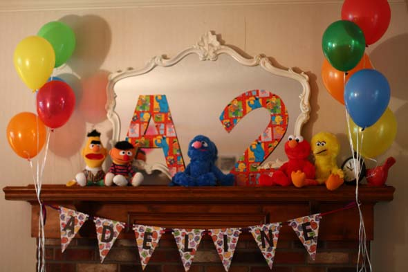 Sesame street birthday party ideas games food decorations more for solutioingenieria Image collections