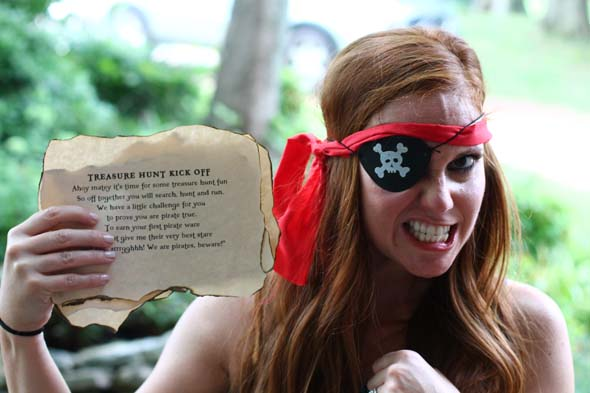 pirate treasure hunt at pirate party
