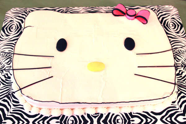 Hello Kitty birthday party with Hello Kitty cake