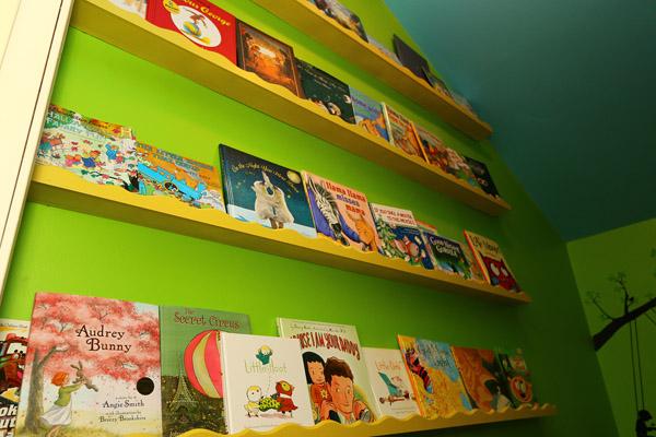 Closet reading nook shelving