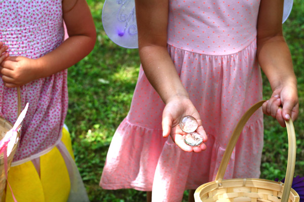 Fairy Treasure Hunt with clues, perfect fairy party activity