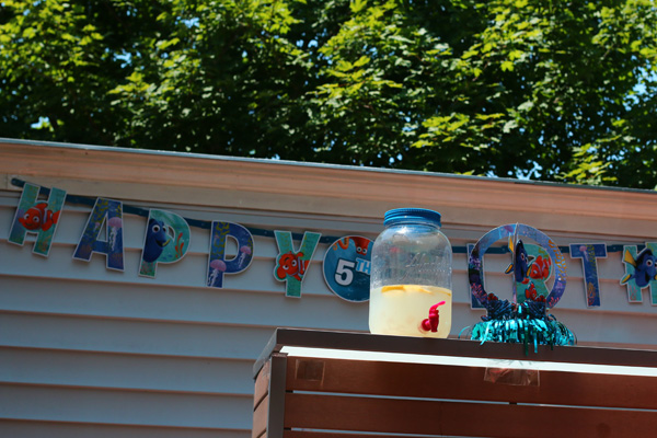 Finding Dory Birthday Party and Finding Dory decorations