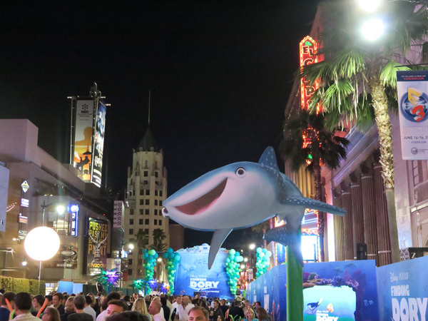 Finding Dory Premiere with Ellen DegeneresFinding Dory Premiere with Ellen Degeneres