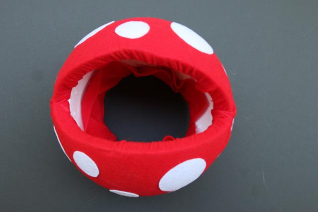 Costume Tutorial: Venus Flytrap + Pipe from Super Mario Bros. | The Mom Creative