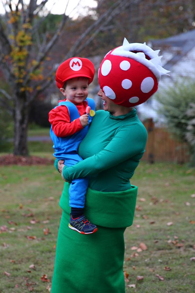Super Mario Bros. Venus Fly Trap Pipe Costume Tutorial