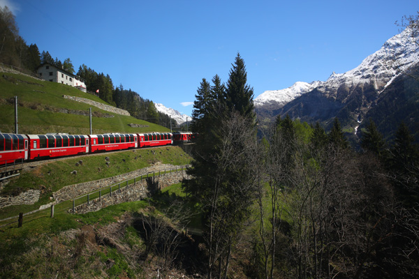 How to take a train into the alps from Italy