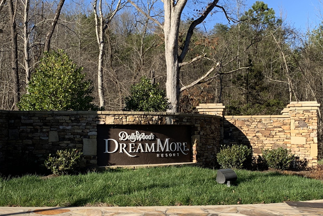 Dollywood DreamMore Resort Review